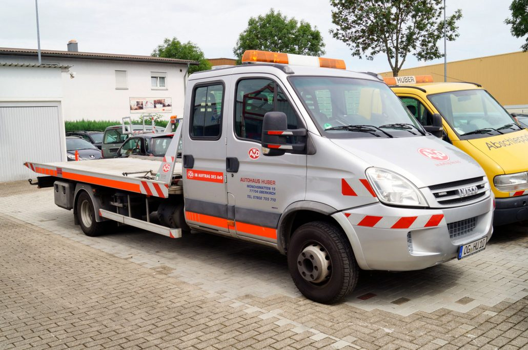 IVECO DAILY 65C18 SCHIEBEPLATEAU (3,5T)